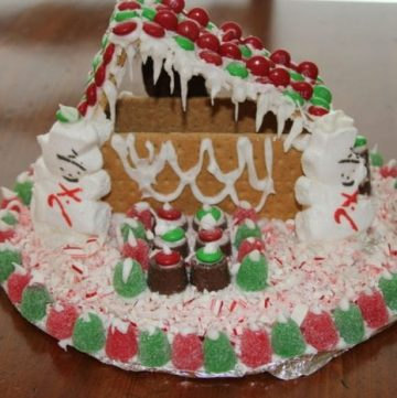 Gingerbread Houses 2011 49
