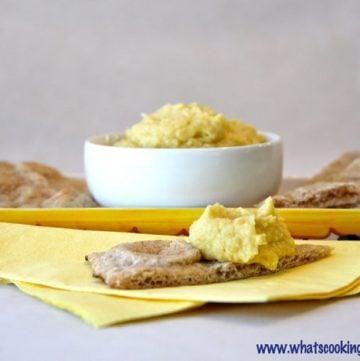 Lemon Garlic Hummus Titled