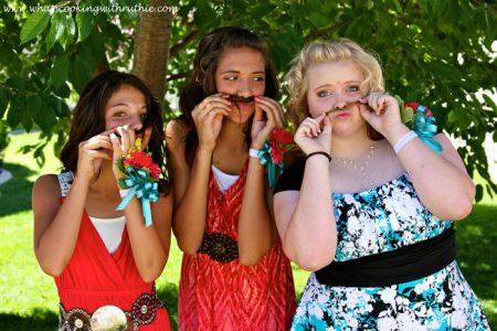 Mustache girls!