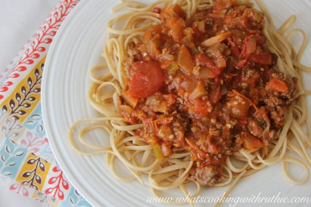 drews spicy spaghetti sauce by whatscookingwithruthie.com