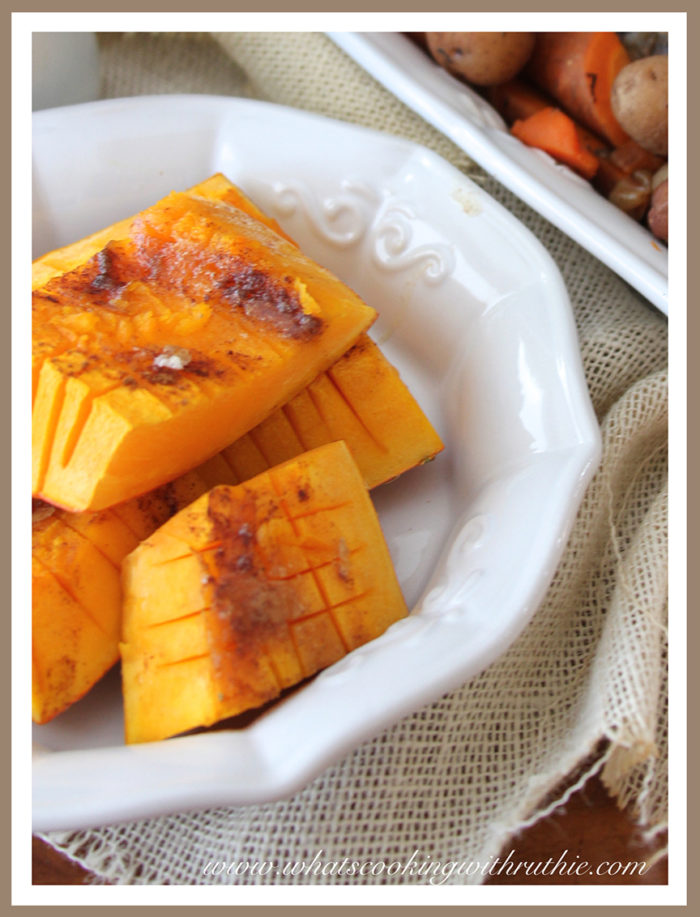 Our slightly sweet oven baked Brown Sugar Banana Squash Recipe is the perfect side dish for dinner tonight! by cookingwithruthie.com