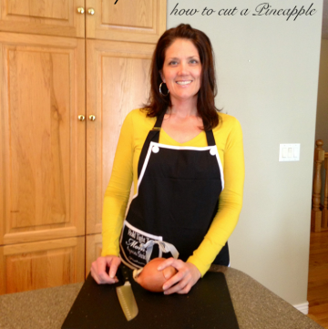 Video kitchen tip series... how to cut a pineapple by whatscookingwithruthie.com