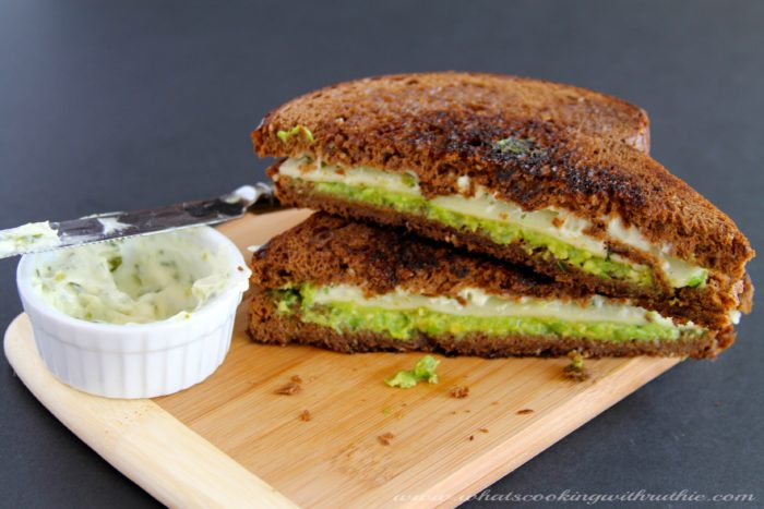 Grilled Cheese Cake Sandwich