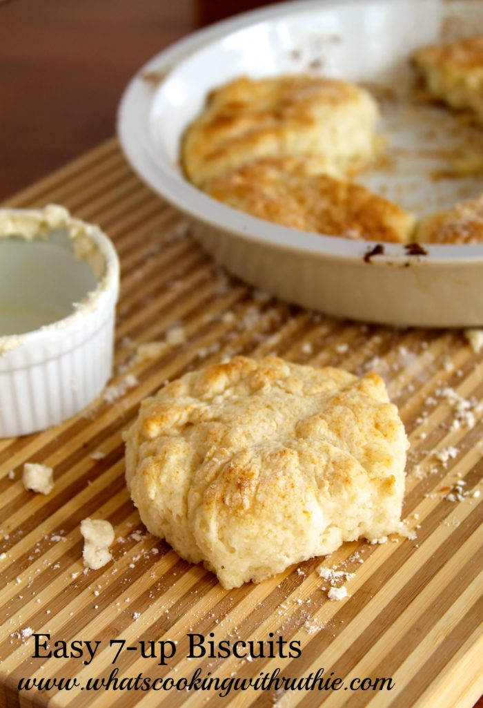 I love these Easy 7-up Biscuits Recipe because I was intrigued to see if such an easy recipe could really be THAT good?! Yep they are. by cookingwithruthie.com