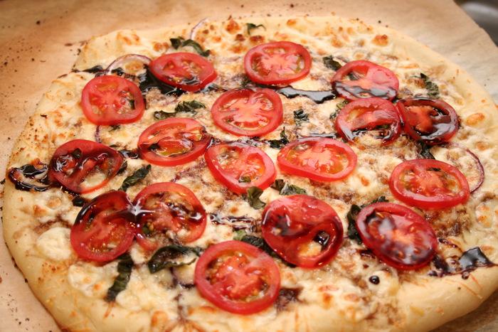 caprese pizza #19