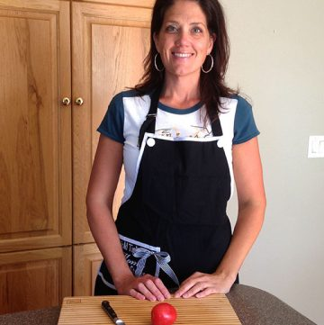 Kitchen Tip Series how to de-seed a Roma Tomato by www.whatscookingwithruthie.com
