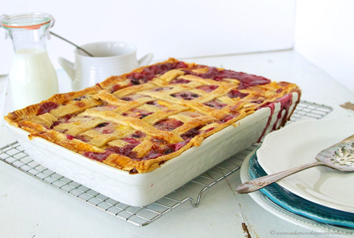 Peach Blackberry Cobbler - Cooking With Ruthie