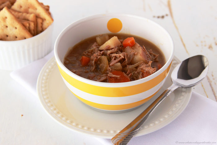 Slow Cooker Beef Stew by www.whatscookingwithruhtie.com