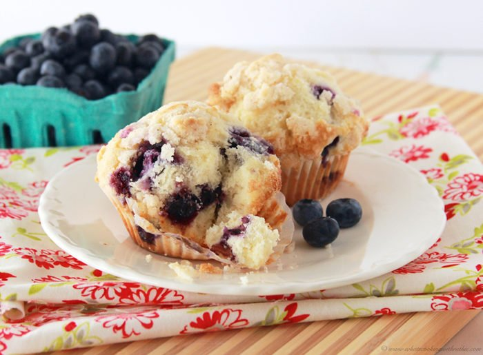 Blueberry Streusel Cake With Cream Cheese