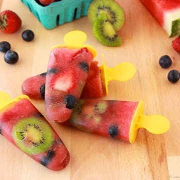 Real Fruit Pops by www.whatscookingwithruthie.com