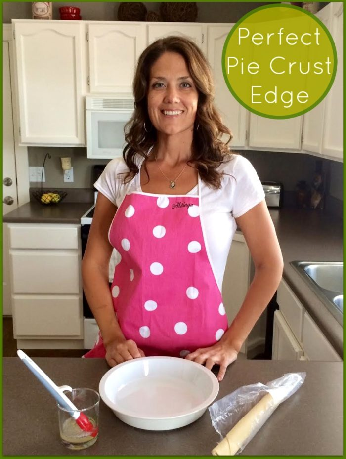 Perfect PIe Crust Edge by www.cookingwithruthie.com