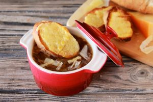 French Onion Soup with Baguette by www.cookingwithruthie.com