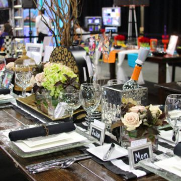Food is Memories beautifully simple tablescape ideas for your holiday's! by www.cookingwithruthie.com #holidays #tablescape #foodismemories