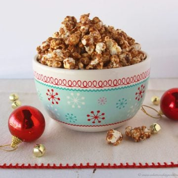 Gingerbread Popcorn will make your winter family movie nights a hit! by www.cookingwithruthie.com #recipes #holidays #dessert