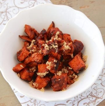 Honey-Roasted Sweet Potatoes Sweet Potatoes are a fun twist! by www.cookingwithruthie.com #recipe #sweetpotatoes #holidays