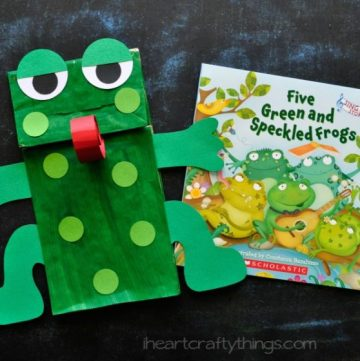 Paper Bag Frog by www.iheartcraftythings.com on www.cookingwithruthie.com is an adorable project to make with the kids!