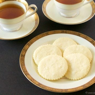 These easy, buttery Shortbread Cookies by www.cookingwithruthie.com are a delight to add to any gathering! They're a classic European cookie that goes perfectly with coffee or tea.