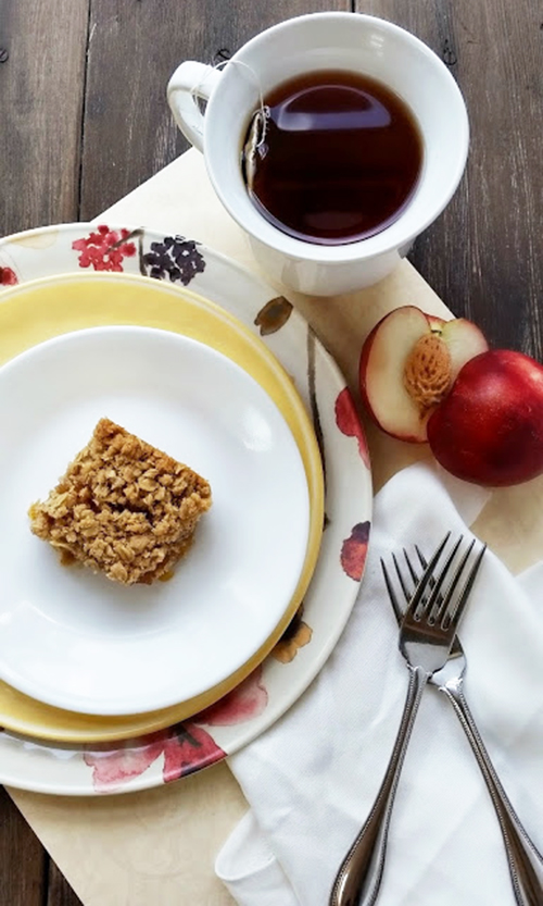 Peach Oatmeal Bars by www.threekidsandafish on www.cookingwithruthie.com is be the hit of the summer!