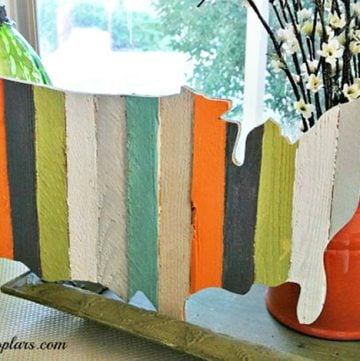USA Pallet Wood Decor by www.polkadotpoplar.com on www.cookingwithruthie.com