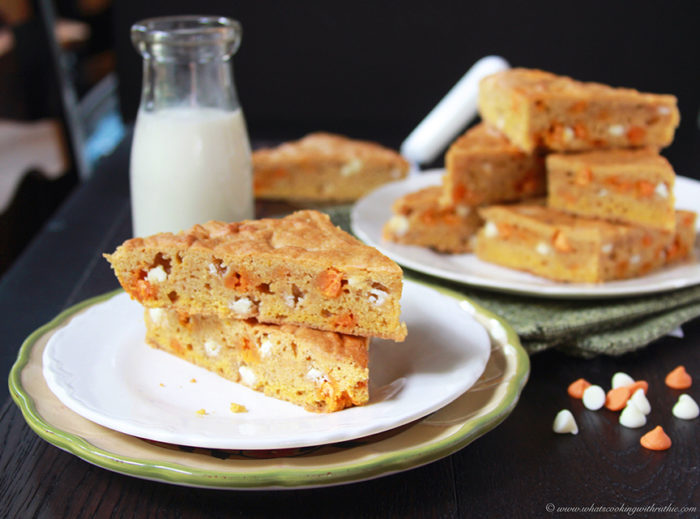 Pumpkin Spice Bars on www.cookingwithruthie.com will rock your world in every way!! YUM.