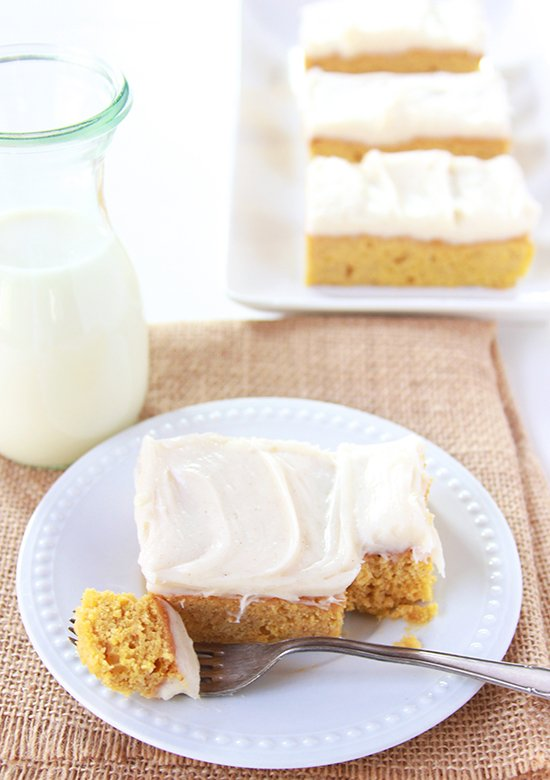 Pumpkin Bars with Cinnamon Cream Cheese Frosting is the very best of ...