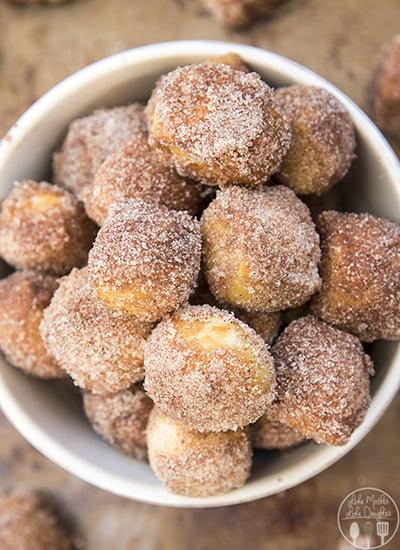 **cinnamon-sugar-pretzel-bites-2