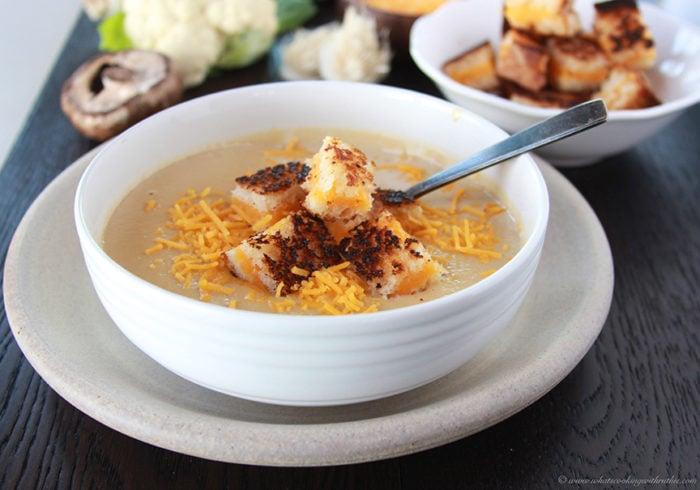 how to make mushroom and cauliflower soup
