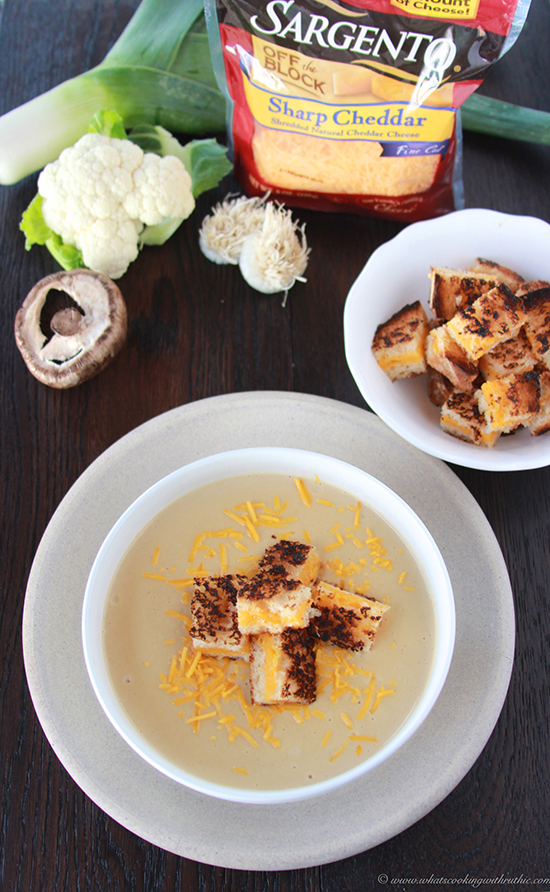 *mushroom-cheese-roasted-cauliflower-soup 6