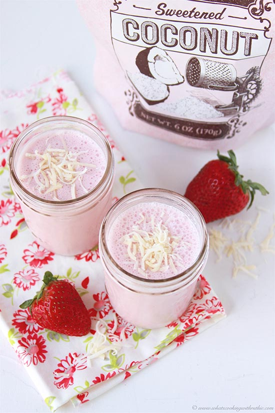 **strawberry-coconut-smoothie 1