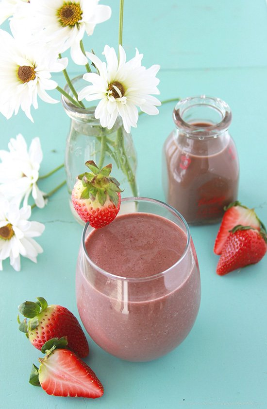 Chocolate Strawberry Smoothie is a healthy, simple breakfast or snack! www.cookingwithruthie.com