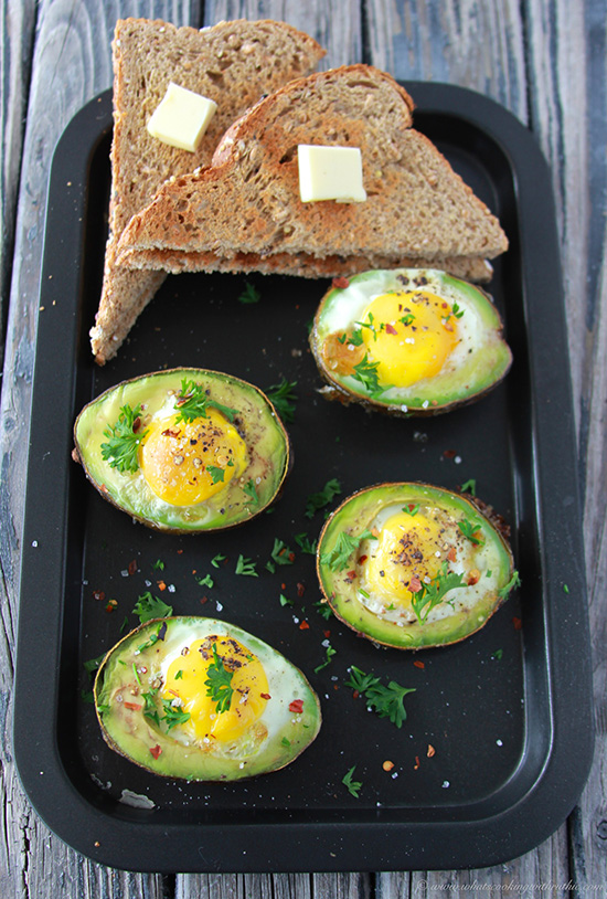Baked Eggs in Avocado are an easy and delicious brunch for the weekend! www.cookingwithruthie.com
