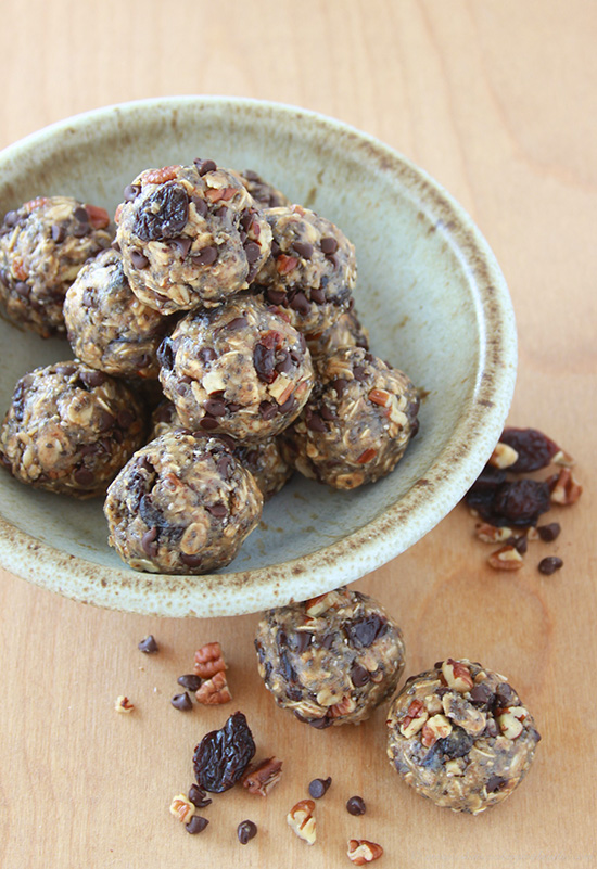 Cherry, Pecan, Chocolate Power Bites are a healthy pick-me-up snack anytime of day! www.cookingwithruthie.com