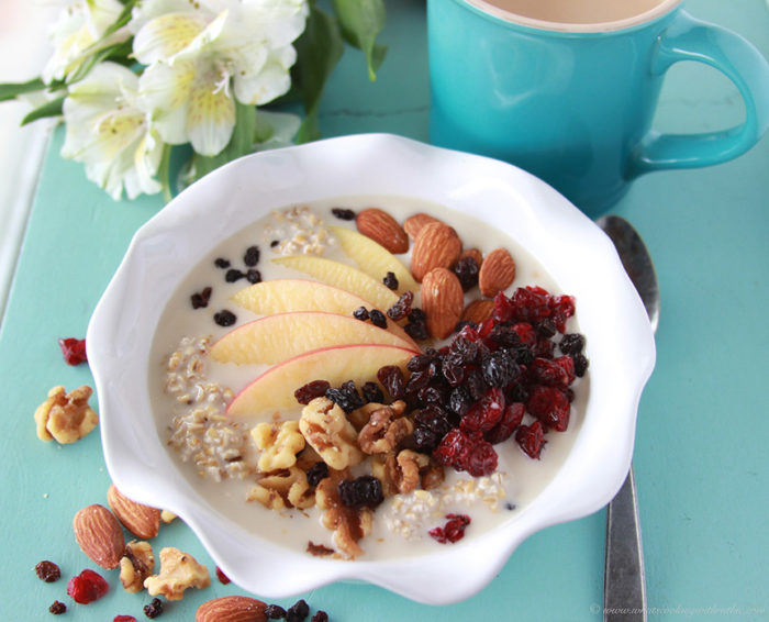 Fruit and Nut Steel Cut Oats are overnight oats and a nutricious breakfast! www.cookingwithruthie.com