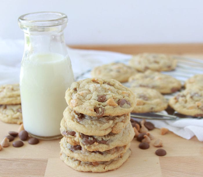 Today's Chiperoo Cookies Recipe are the perfect way to welcome home the kids from school! by cookingwithruthie.com
