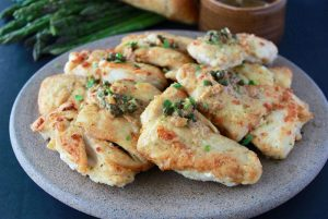 Chicken Piccata with Lemon Caper Sauce is a long time favorite Italian dishes! www.cookingwithruthie.com