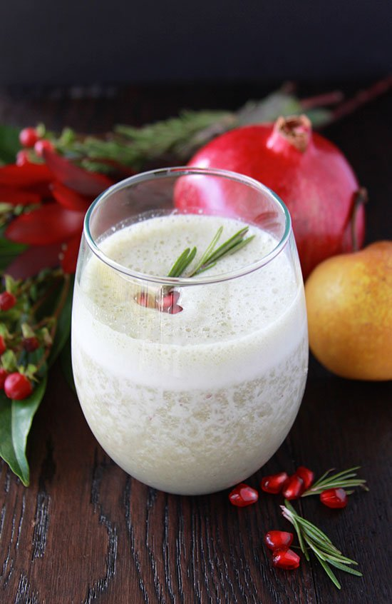 Asian Pear and Pomegranate Smoothie is healthy and festive beverage for the holidays! www.cookingwithruthie.com