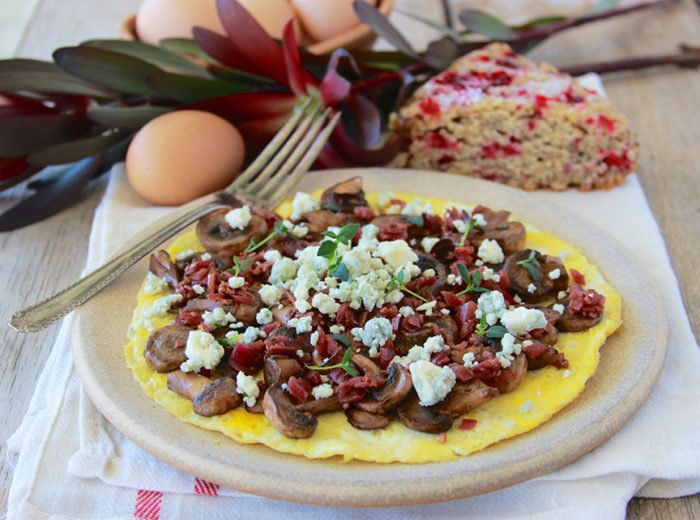 Open-faced Mushroom and Blue Cheese Omelette is a healthy and deliciously simple breakfast for you and your family! www.cookingwithruthie.com