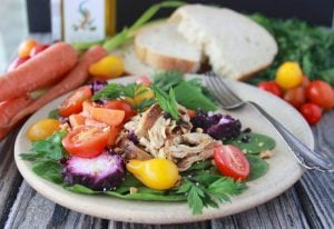 Blueberry Chèvre, Chicken, Heirloom Tomato Salad is sweet and savory all-in-one healthy salad! www.cookingwithruthie.com