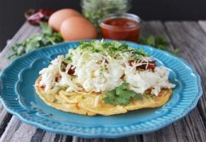 Egg White Breakfast Taco is going to start your day off in a deliciously-healthy way! www.cookingwithruthie.com