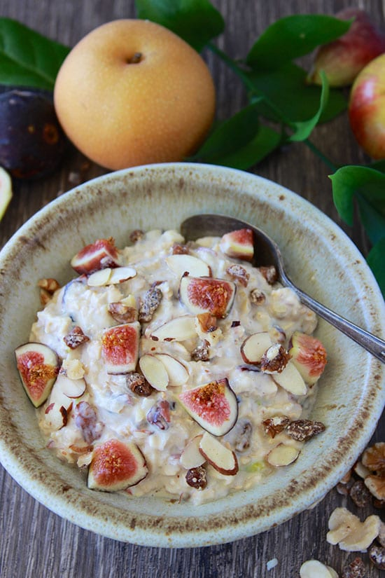 Figs, Dates, and Nuts Overnight Oats is hearty a will keep you powered up all morning! www.cookingwithruthie.com