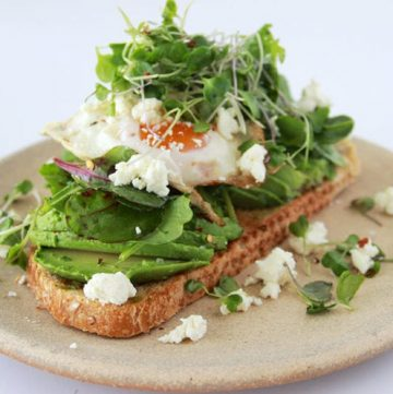 Green Goddess Toast is a culinary showpiece that will wow all your guests! www.cookingwithruthie.com
