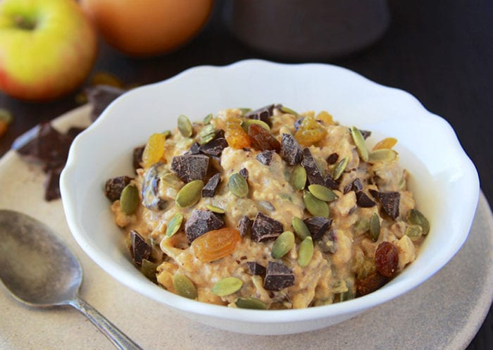 Chocolate Chunk Pumpkin Overnight Oats are simple to make and will keep you full all morning! www.cookingwithruthie.com