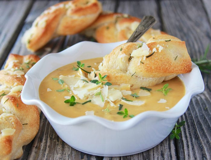 Herbed Braided Breadstick with Broccoli and Cheese Soup is a ready in 15 minutes and perfect for week-day nights! www.cookingwithruthie.com @Progresso @walmart