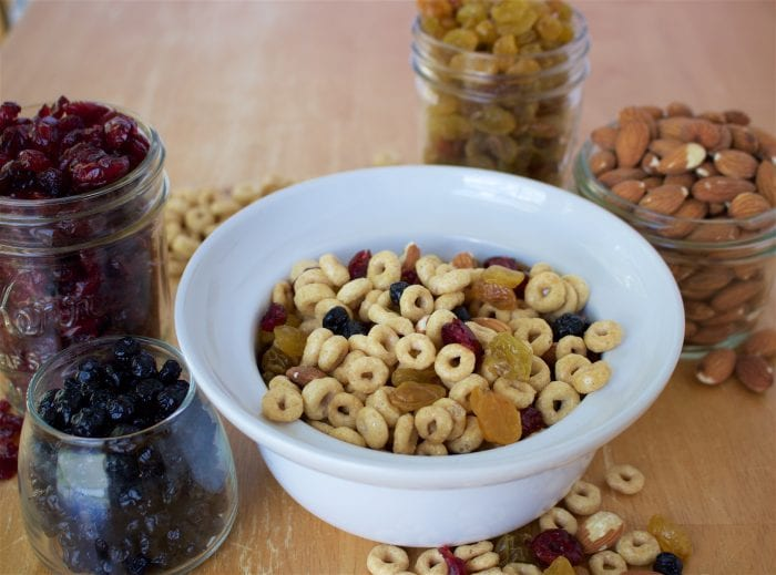 Cheerios Snack Mix & Heart Healthy Travel Tips to keep you fit even when you're on the go! by cookingwithruthie.com