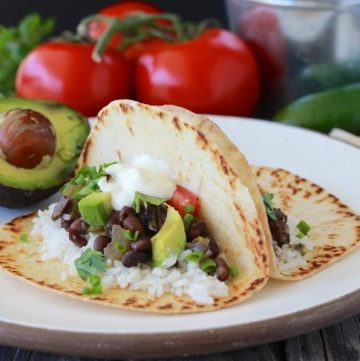 Black Beans and Rice Street Taco Recipe is a flavorful Tex-Mex Dinner! by cookingwithruthie.com