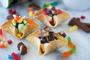 Halloween Ice-Scream Bar with Cookie Cups Recipe is deliciously fun for the whole family! by cookingwithruthie.com