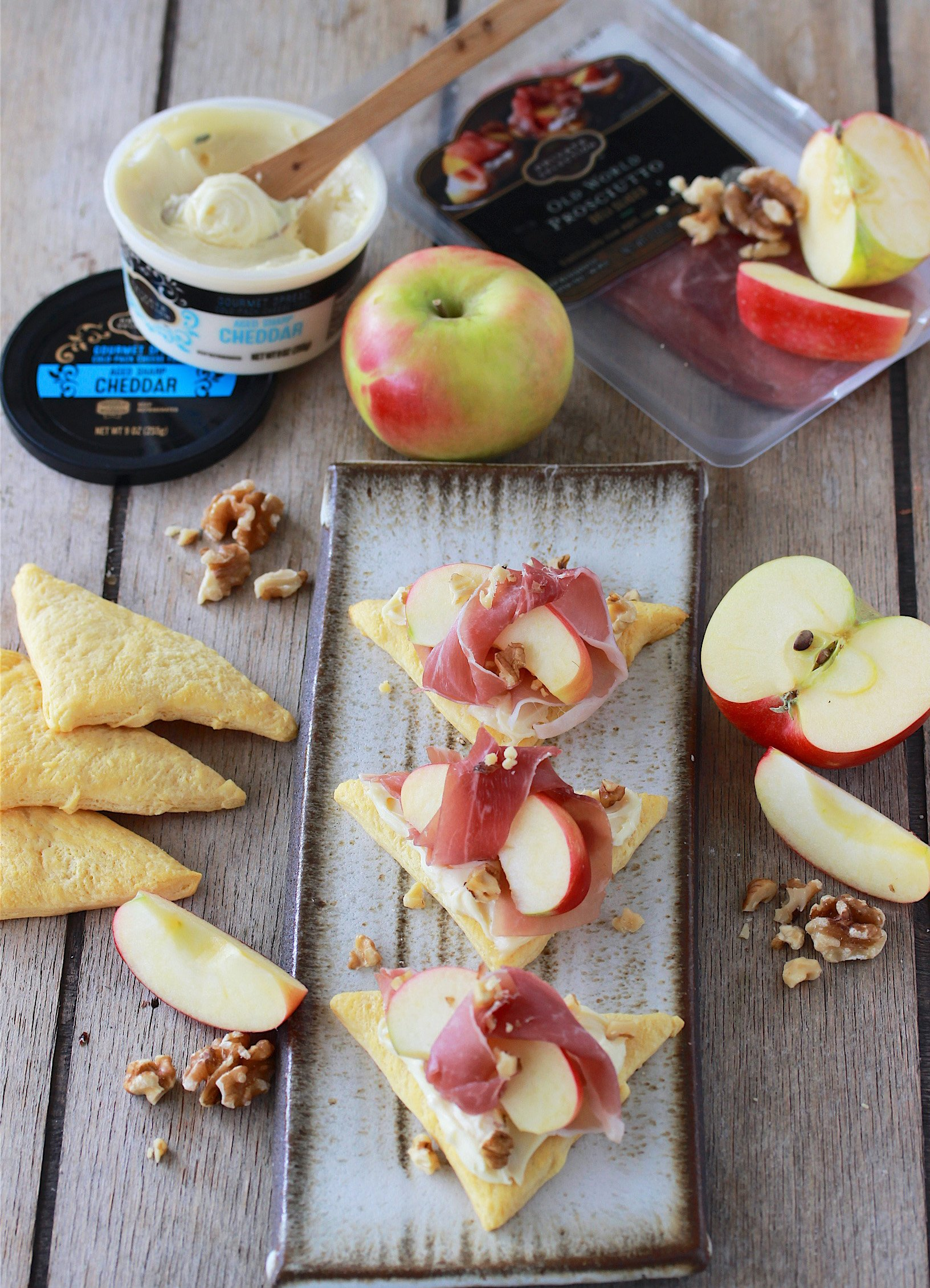 Prosciutto Wrapped Apple Triangles Recipe is a deliciously simple holiday appetizer! by cookingwithruthie.com