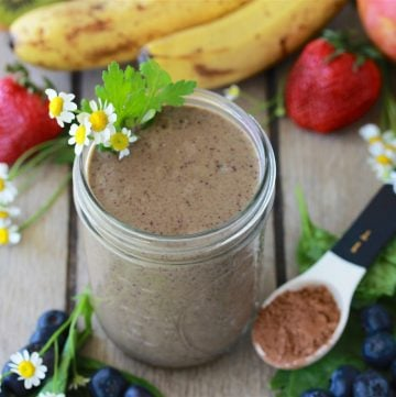 Chocolate Blueberry Spinach Protein Smoothie for a healthy start to the new year! by cookingwithruthie.com