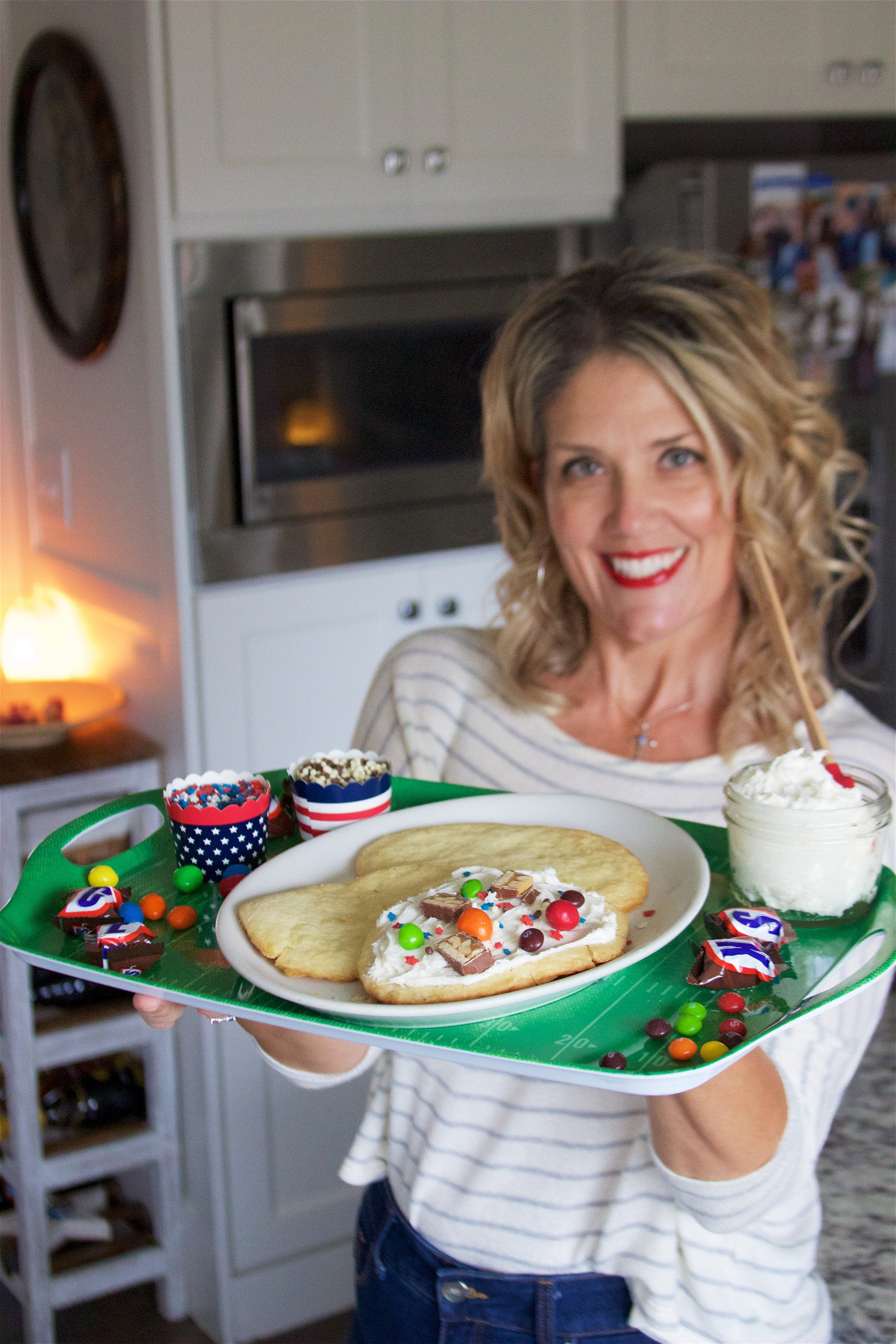 Today's All-star Football Sugar Cookie Recipe are sure to make the big game even more exciting! by cookingwithruthie.com